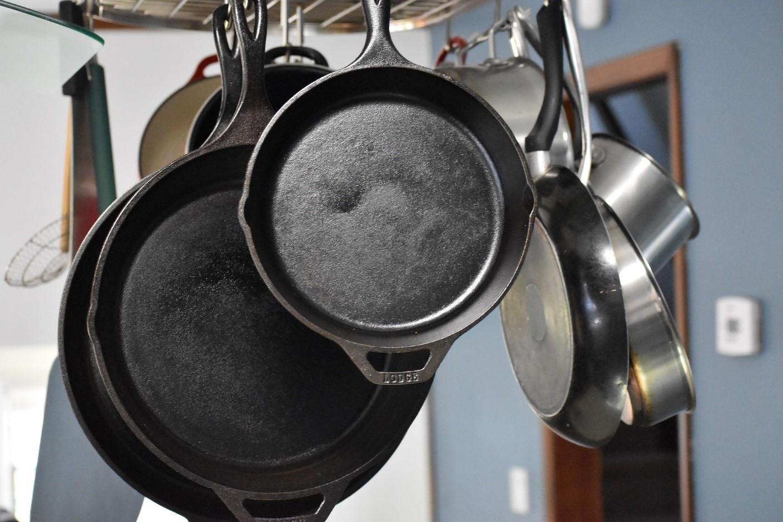 lodge cast iron skillet reviews